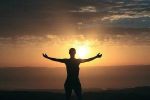 woman-appreciating-sunrise
